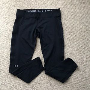 Under armor black work out leggings size large